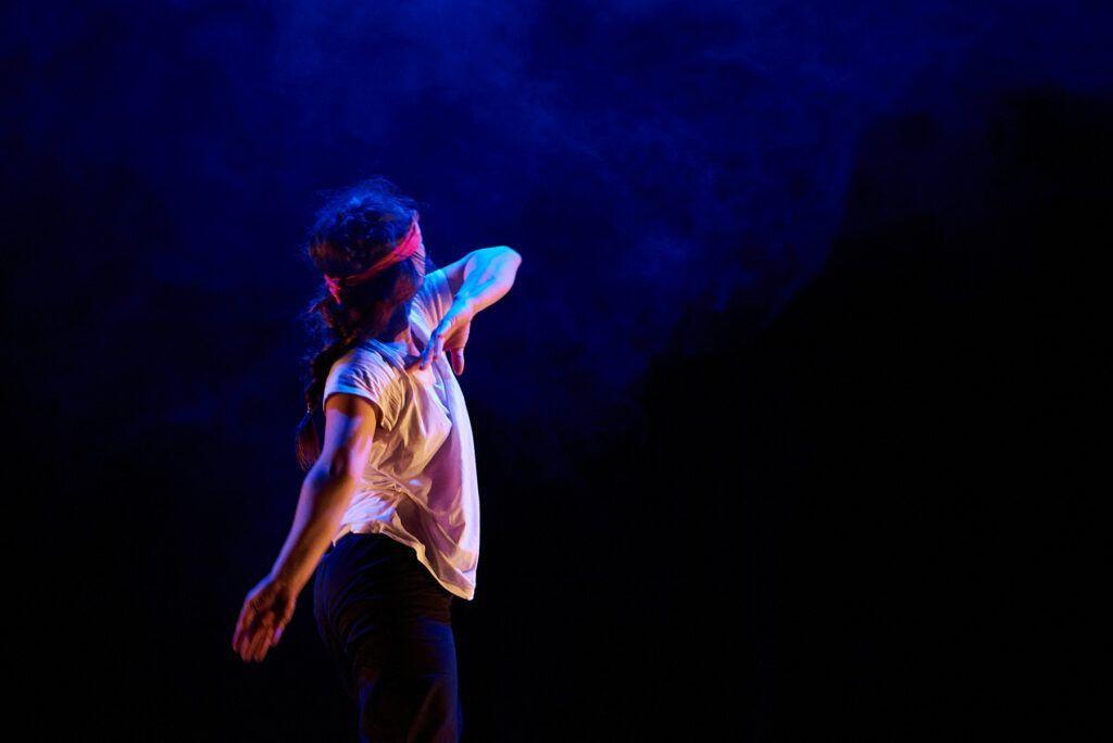 Cobertura de obras de teatro, fotografia de artes escéncias.